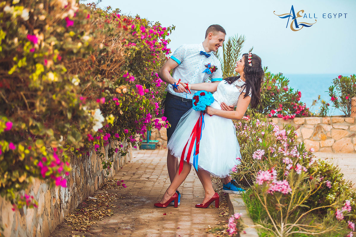 the bride and groom: wedding in Egypt April 2017